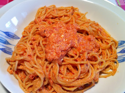 Spaghetti al pomodoro e ricotta