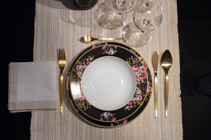 San Valentino come apparecchio la tavola