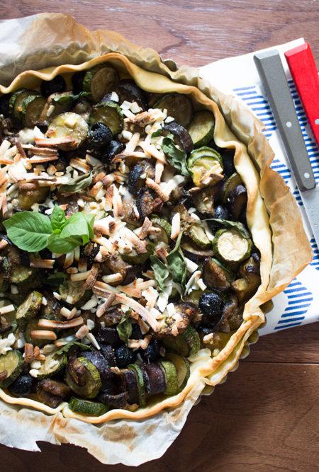 Torta salata melanzane perline mediterranea ricetta
