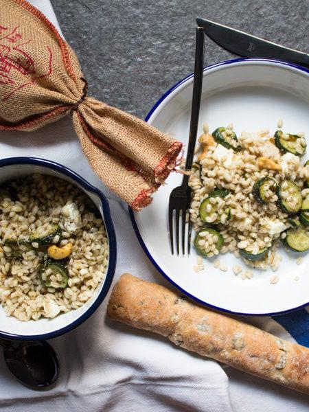 Orzo zucchine e feta ricetta